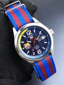 đồng-hồ-Seiko-5-Barca-bản-J-mặt-xanh-SRP303j1-1