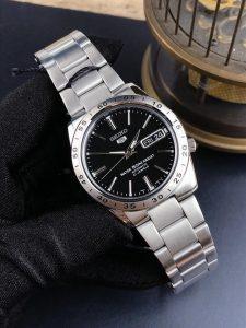 Seiko-5-automatic-21-jewels-50m-SNKE01K1-1